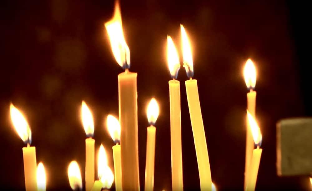свечи за упокой усопшего